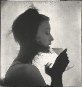 Irving Penn (American, 1917–2009) Girl Drinking (Mary Jane Russell), New York, 1949 Gelatin silver print, 2000 20 1⁄2 × 19 3⁄8 in. (52.1 × 49.2 cm) The Metropolitan Museum of Art, New York Promised Gift of The Irving Penn Foundation © Condé Nast
